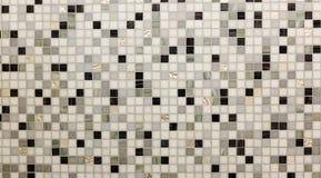 Vidrio brillante abstracto de la teja de suelo en la textura blanca del fondo de Grey Mosaic Square Seamless Pattern del negro mo Foto de archivo