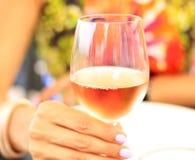 Vidrio colorido de vino Foto de archivo libre de regalías