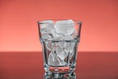 Vidrio con hielo Imagen de archivo libre de regalías