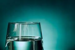 Vidrio de agua clara Foto de archivo libre de regalías