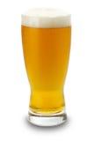 Vidrio de cerveza aislado en el fondo blanco Fotos de archivo