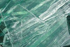 Vidrio de desecho verde Imagenes de archivo