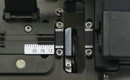 Vidrio de fibra que empalma el dispositivo cortado (detalle) Foto de archivo libre de regalías