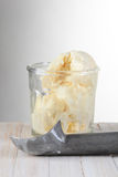 Vidrio de helado de vainilla Imagen de archivo