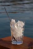 Vidrio de hielo fotos de archivo