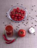 Vidrio de jugo de tomate foto de archivo libre de regalías