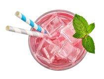 Vidrio de la bebida rosada de la soda foto de archivo