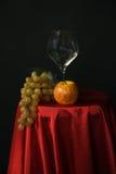 Vidrio de la fruta y de vino Imagen de archivo libre de regalías