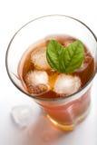 Vidrio de té de hielo Foto de archivo libre de regalías