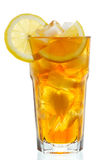 Vidrio de té de hielo con el limón Imagen de archivo
