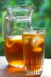 Vidrio de té de hielo frío Foto de archivo libre de regalías