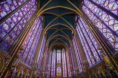 Vidrio de ventanas manchado Chapelle del santo fotos de archivo libres de regalías