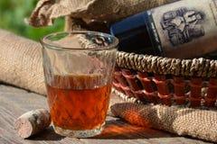 Vidrio de vino, aún vida Imagen de archivo libre de regalías