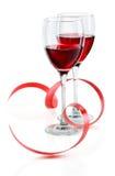 Vidrio de vino rojo en un blanco Imagen de archivo libre de regalías