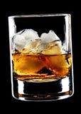 Vidrio de whisky y de hielo fotografía de archivo libre de regalías