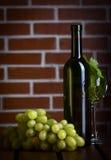 Vidrio del vino blanco Fotografía de archivo libre de regalías