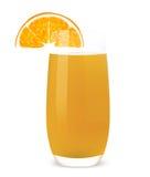 Vidrio del zumo de naranja y de una naranja. Fotos de archivo