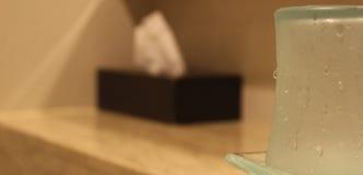 Vidrio en cuarto de baño Fotos de archivo libres de regalías