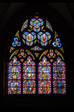 Vidrio manchado de la catedral de Chartres en Francia Fotos de archivo