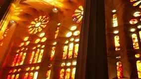 Vidrio manchado Windows Iglesia europea almacen de metraje de vídeo
