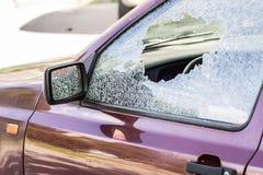 Vidrio quebrado del coche Imagen de archivo libre de regalías