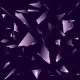 Vidrio quebrado en el fondo púrpura oscuro Foto de archivo libre de regalías