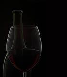 Vidrio y botella de vino imagen de archivo libre de regalías