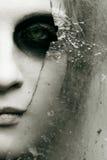Vidrio y cara quebrados Fotos de archivo