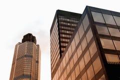 Vidrio y rascacielos del stell en Londres Fotos de archivo