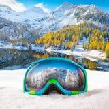 Vidrios coloridos del esquí Fotos de archivo libres de regalías