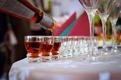 Vidrios con alcohol fotografía de archivo