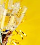 Vidrios con champán Fotos de archivo