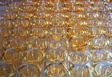 Vidrios con el vino blanco Fotografía de archivo
