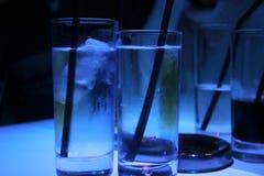 Vidrios de agua helados Fotos de archivo libres de regalías