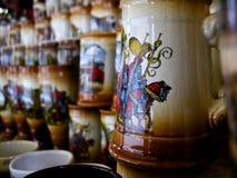 Vidrios de cerveza de cerámica Fotografía de archivo