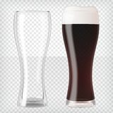 Vidrios de cerveza realistas - cerveza oscura y taza vacía stock de ilustración