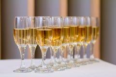 Vidrios de champán en la recepción Imágenes de archivo libres de regalías