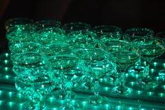 Vidrios de champán Pirámide de copas Imagenes de archivo