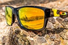 Vidrios de la roca en el sol Foto de archivo