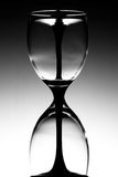 Vidrios de vino de cristal de la hora Imagen de archivo libre de regalías
