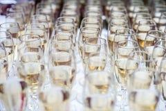 Vidrios de vino espumoso Foto de archivo libre de regalías