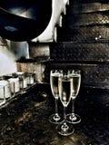 Vidrios de vino y de escaleras Imagen de archivo