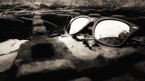 Vidrios en agua mágica fotografía de archivo libre de regalías