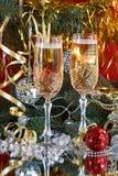 Vidrios en un vector festivo del Año Nuevo imágenes de archivo libres de regalías