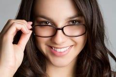 Vidrios que desgastan de la muchacha Fotografía de archivo