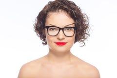 Vidrios que desgastan de la mujer atractiva joven Imagen de archivo