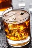 Vidro com bebida alcoólica Imagens de Stock