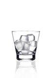 Vidro com cubos de gelo Imagens de Stock Royalty Free