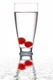 Vidro da água fresca refletido Imagem de Stock Royalty Free