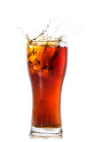 Vidro da cola com cubos de gelo Imagens de Stock